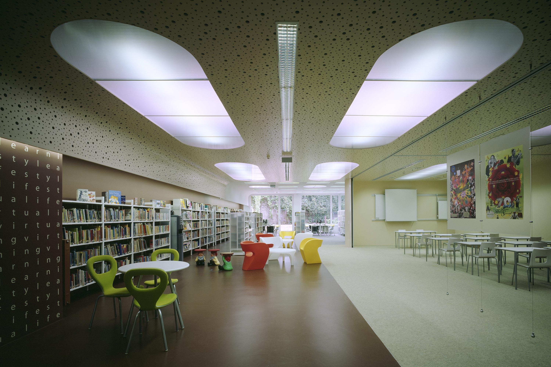 British Council Austria, Lifestyle Zone with lecture room. Photo: Gerald Zugmann | Berger+Parkkinen Architekten