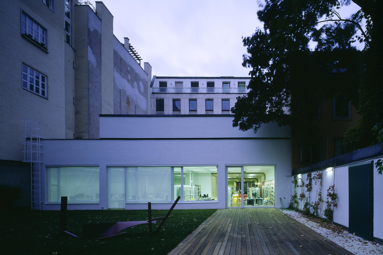 British Council Austria, garden view. Photo: Gerald Zugmann | Berger+Parkkinen Architekten