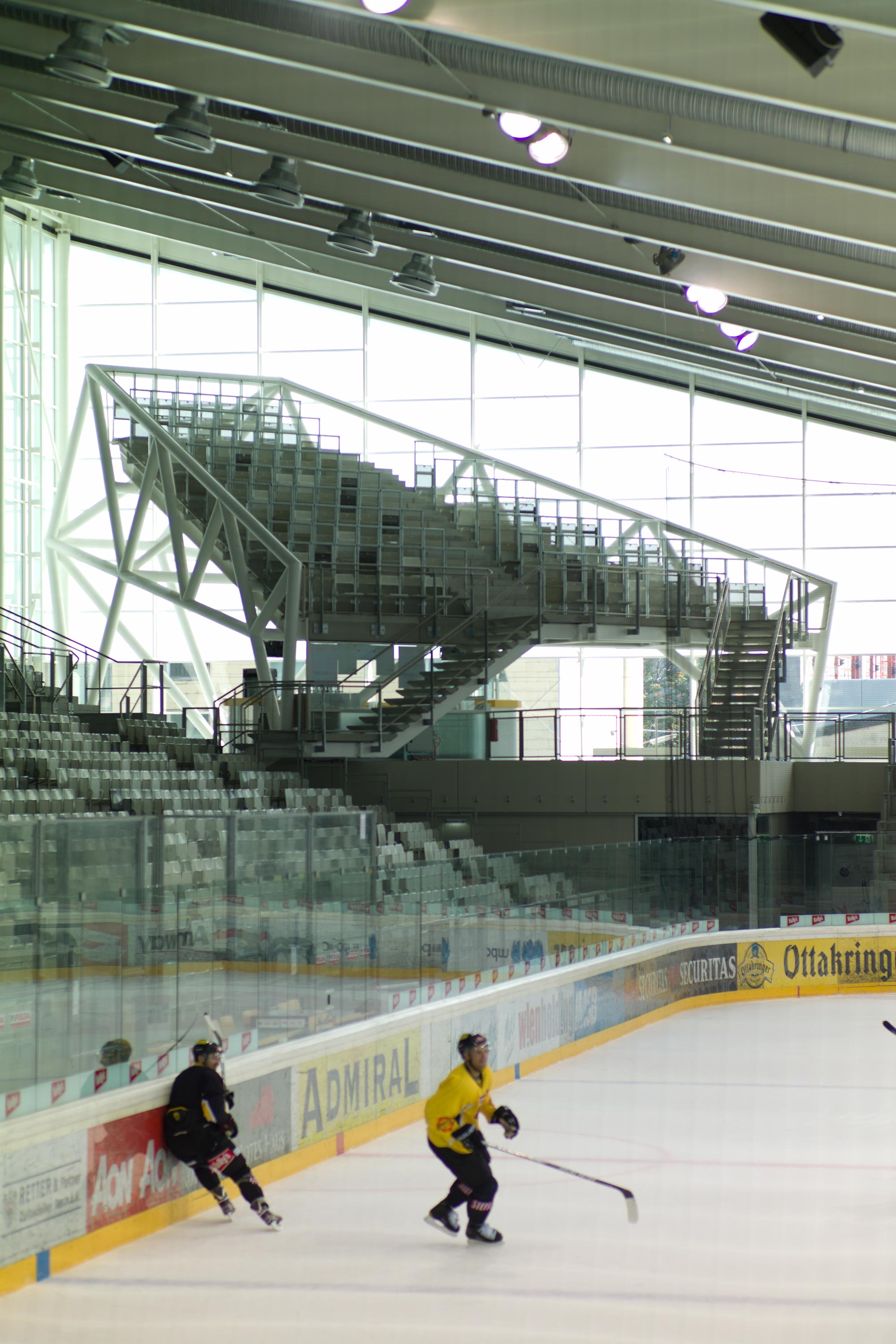Erste Bank Arena, hall 1 with corner tribune. Photo: Berger+Parkkinen Architekten