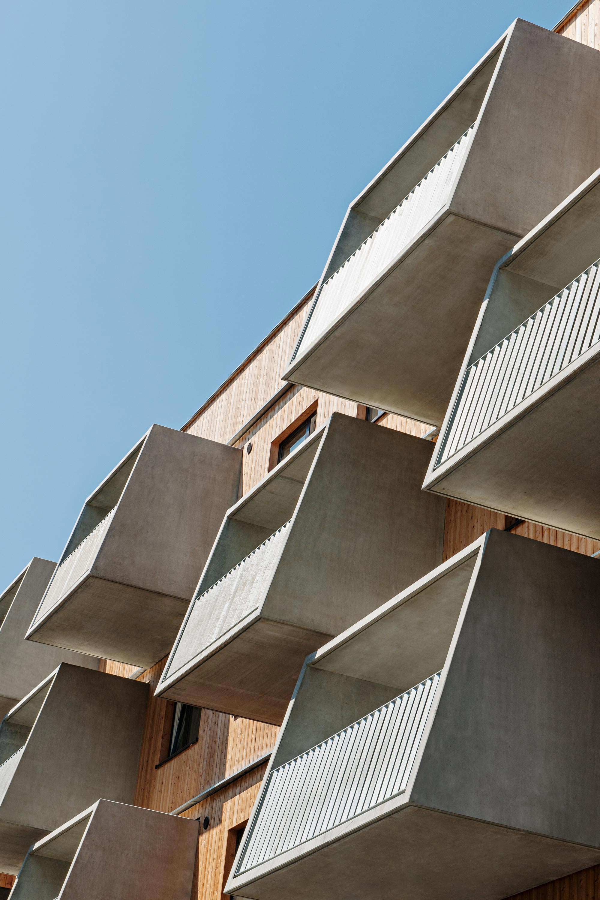 Wood Housing Seestadt Aspern, facade detail. Photo: Hertha Hurnaus | Berger+Parkkinen Architekten | querkraft