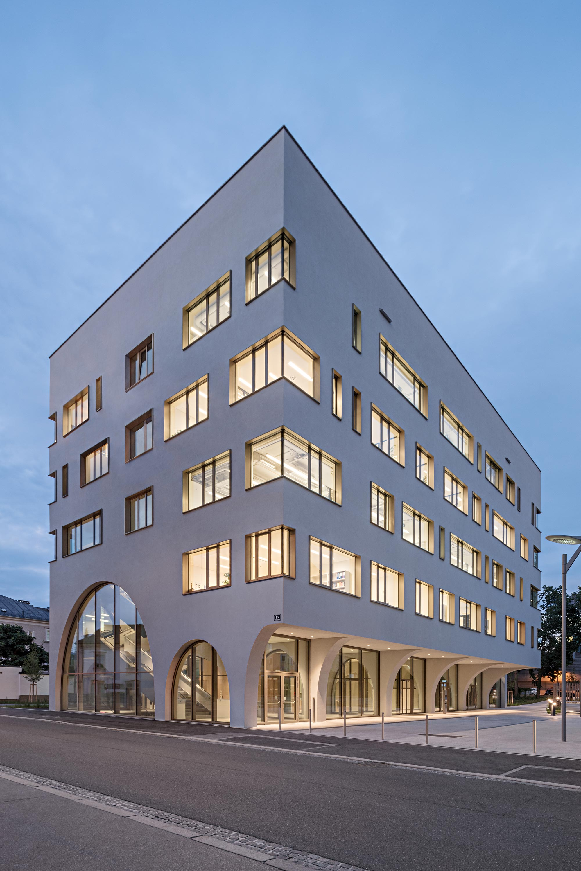 Institute of Pharmacy. Photo: Hertha Hurnaus | Berger+Parkkinen Architekten