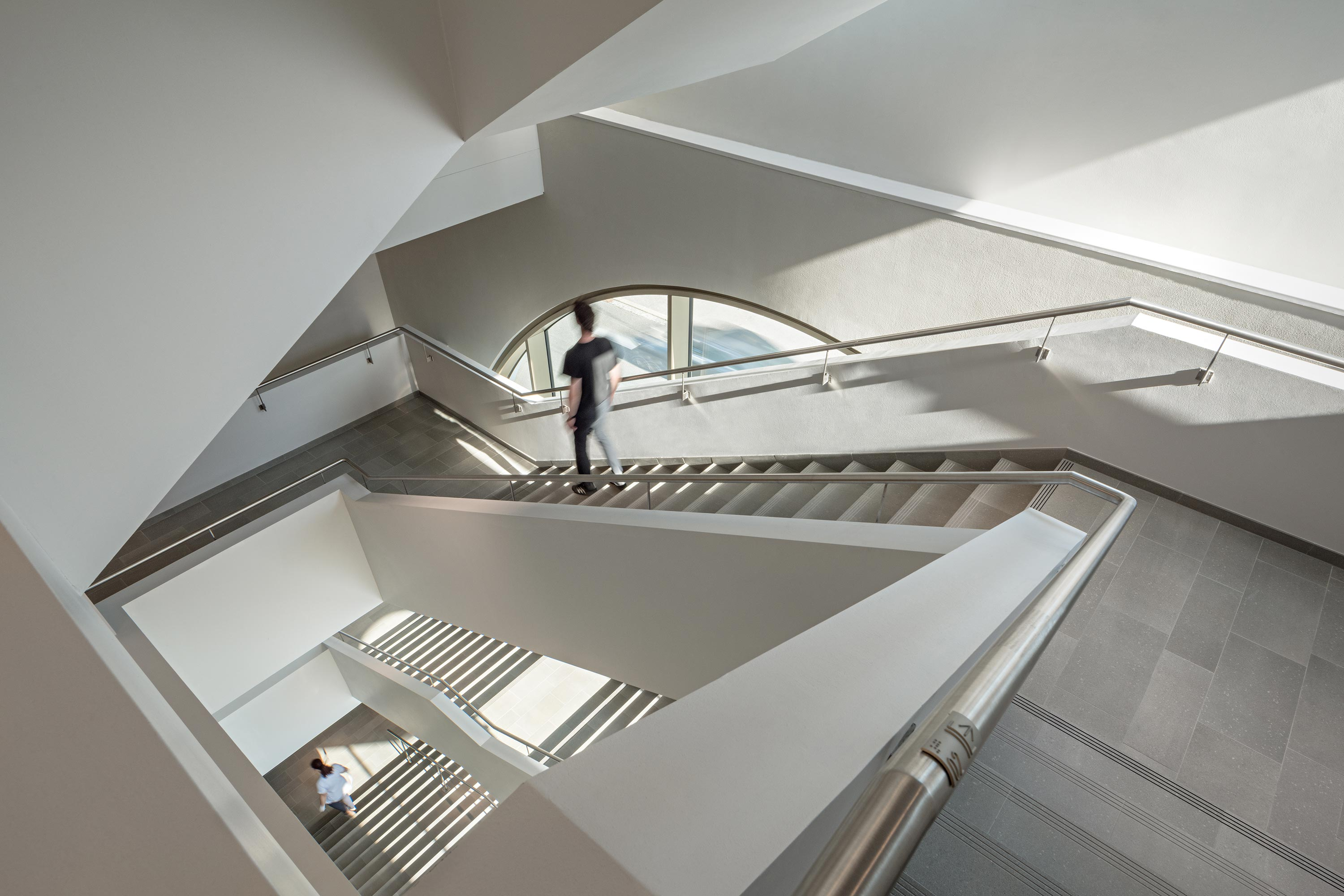 Institute building of Pharmacy. Photo: Hertha Hurnaus | Berger+Parkkinen Architekten