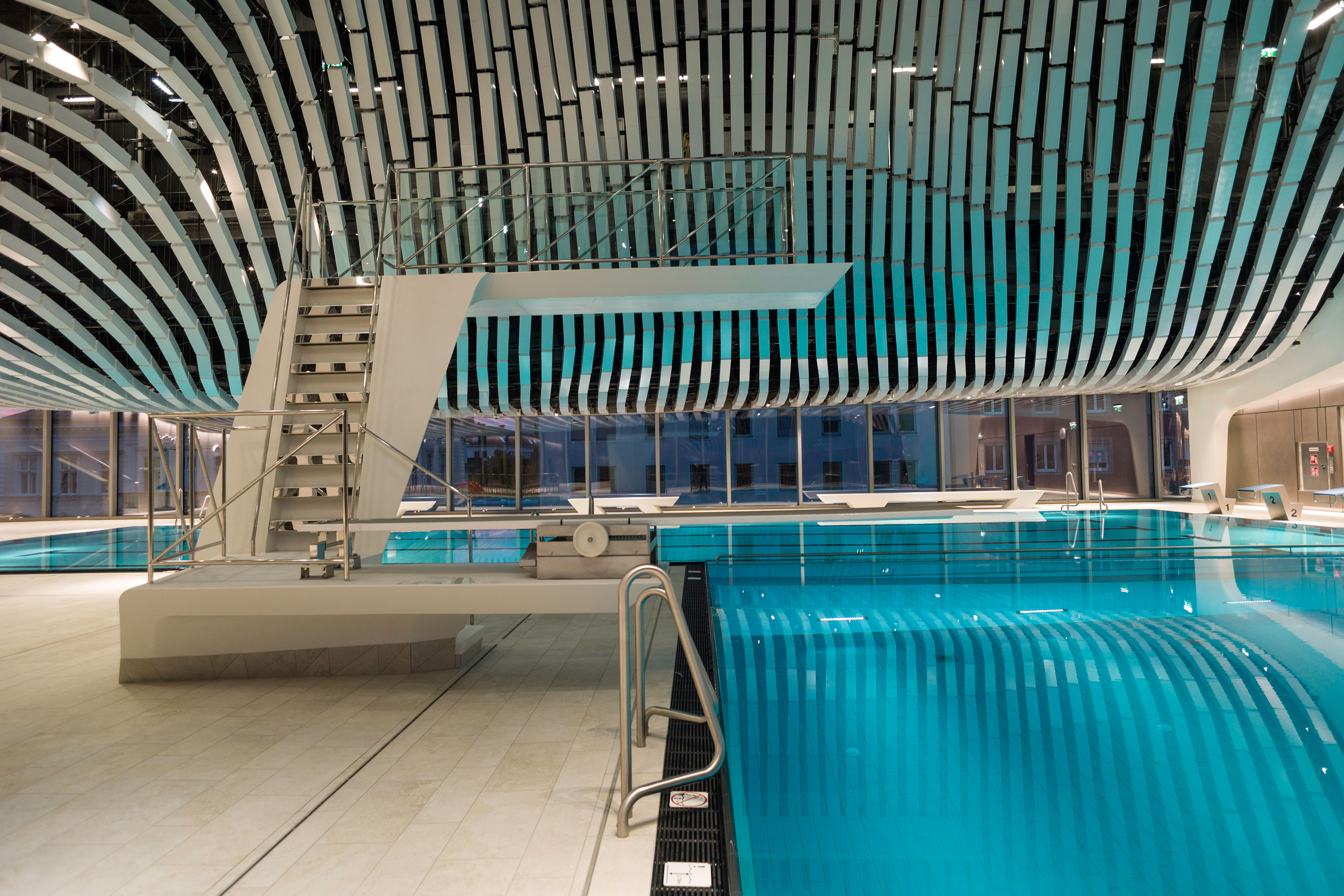 Paracelsus Bad & Kurhaus in Salzburg, jump and swimming pool. Photo: Berger+Parkkinen Architekten